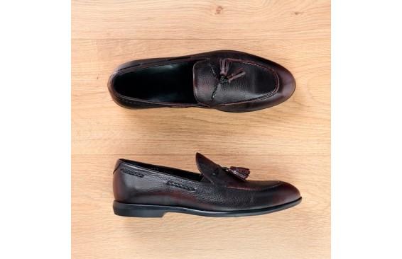 Туфли лоферы бордовые с кисточками