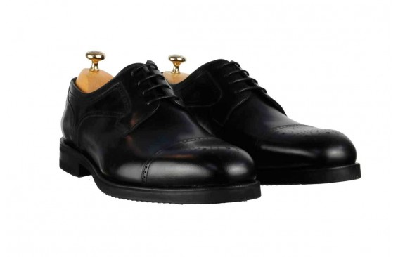 Туфли черные оксфорды с брогированным носиком