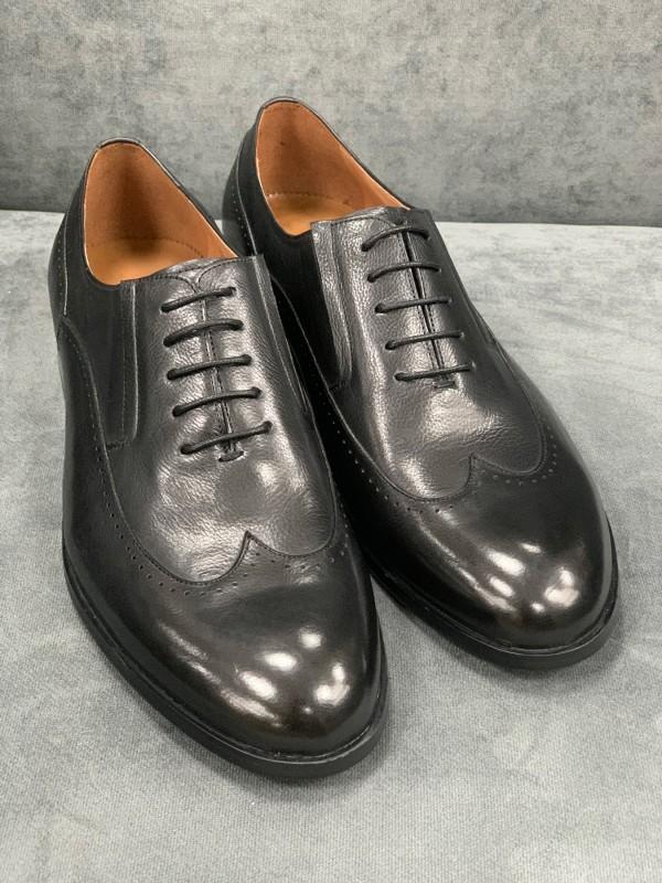 Туфли дерби черные с отстроченным носиком