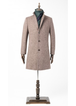 Пальто бежевое утепленное удлиненное
