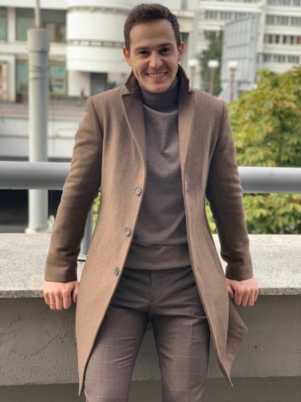 Пальто утепленное цвет camel
