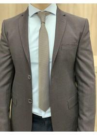Пиджак коричневый в бежевую клетку